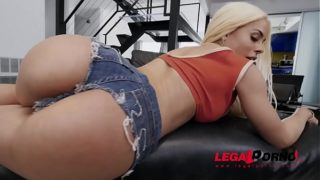 Latina Luna Star Shows Us Why She's A Pornstar in Her DP Action